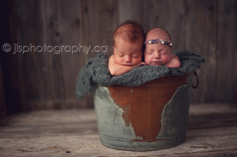 Twins newborn photographer twins surrey photographer surrey baby photographer langley baby photographer