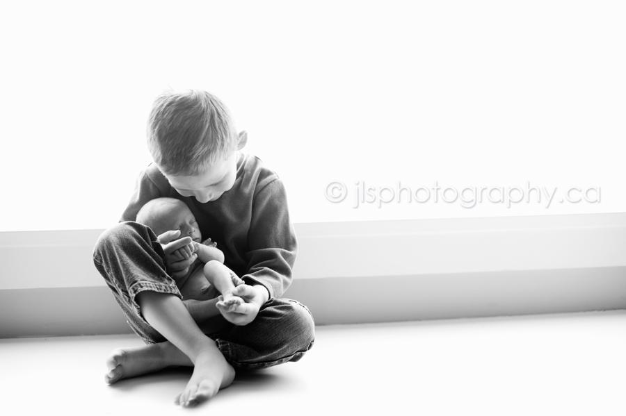 Surrey Newborn photography, Surrey Newborn Photographer, Langley Newborn Photographer, Langley Newborn Photography, Newborn Photography, Vancouver Newborn Photography, Family Photography, Sibling Photography, Natural Light Photography