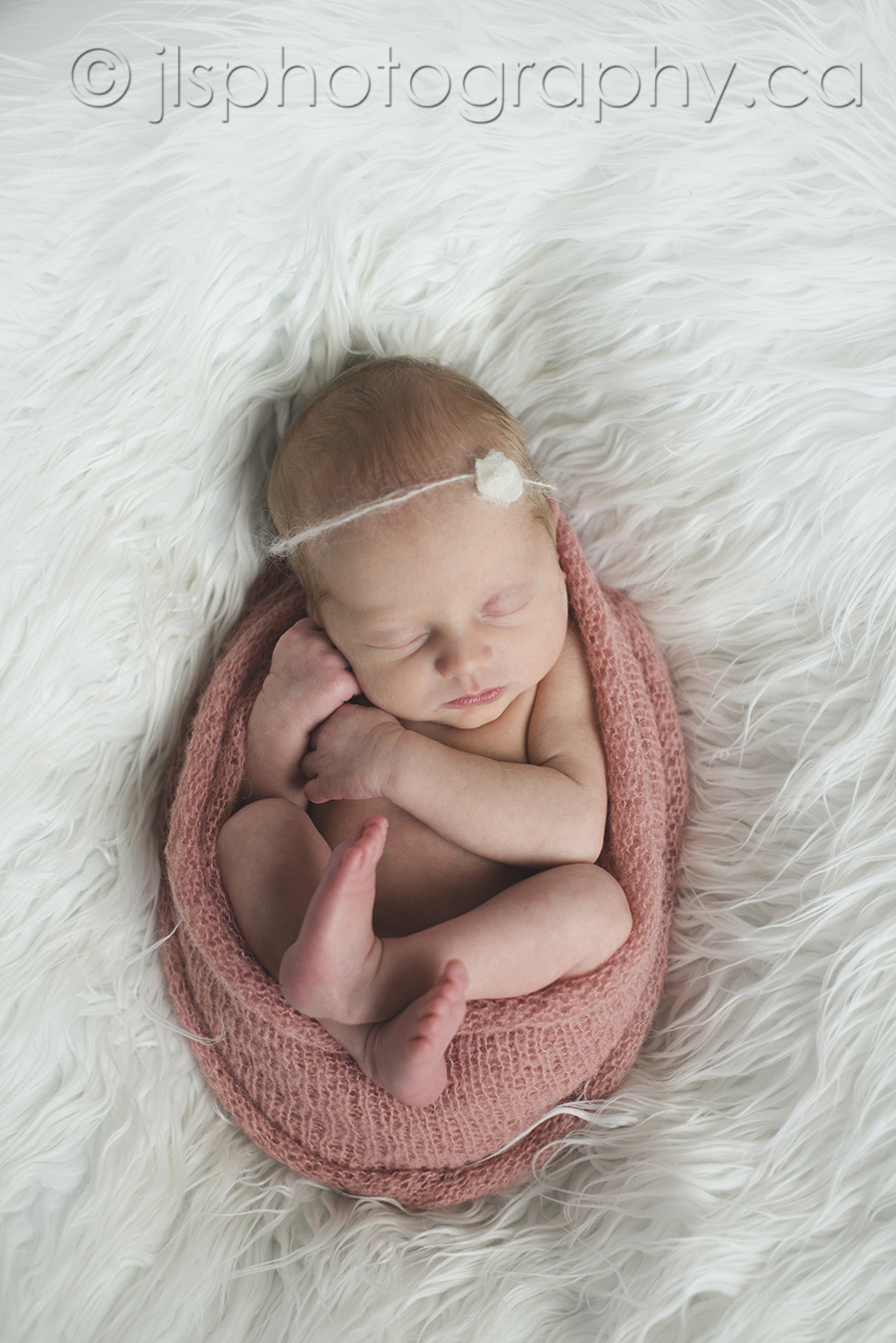 Newborn all curled up, like in utero, Newborn as they look inside, Curled up in mom, Newborn baby girl, 5 lb baby girl